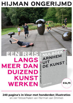 Theo Brink signeert 'Arnhem uit de kunst'